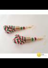 Magyar trikolor, piros, fehér, zöld, egyedi, kézműves csavart fülbevaló, ékszer - Liv Ékszerek .