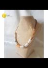 Narancssárga, fehér, bézs, arany színű, egyedi, kézműves design nyaklánc.