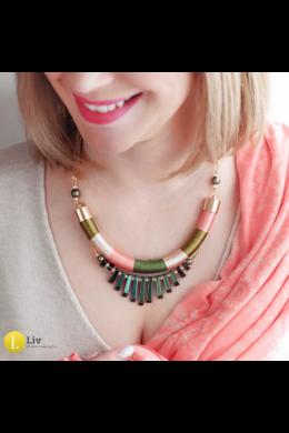 Zöld, lazac, rozé színű, egyedi,kézműves, design nyaklánc, nyakék - Liv Ékszerek, ékszer