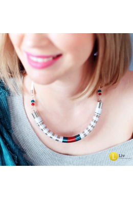 Fehér, ezüst, türkiz, piros, selyem, és fémszállal tekert, egyedi, kézműves, design nyaklánc - Liv Ékszerek, ékszer