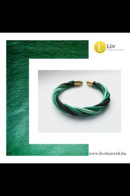 Smaragdzöld, türkiz, arany, fekete színű, egyedi, kézműves csavart karkötő - Liv Ékszerek, ékszer
