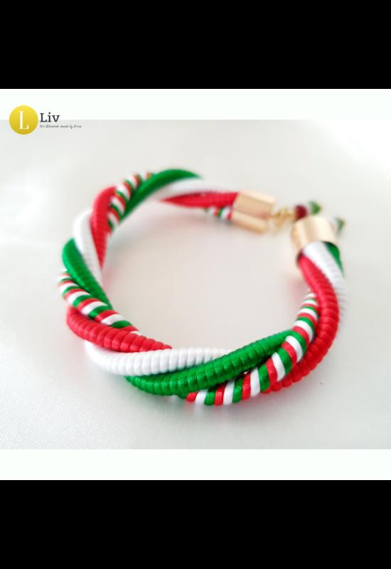 Magyar trikolor, piros, fehér, zöld, egyedi, kézműves csavart karkötő, ékszer - Liv Ékszerek