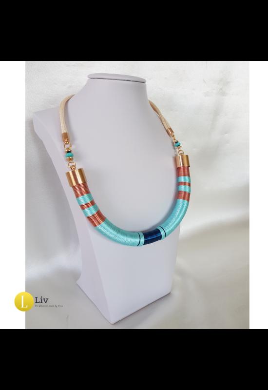 Türkiz, sötétkék, rozé színű, egyedi, kézműves, design nyaklánc
