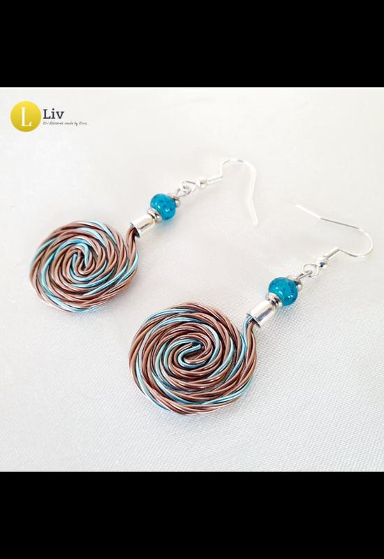 Türkiz, világosbarna, ezüst színű, egyedi, kézműves, designer, fém csiga fülbevaló - Liv Ékszerek, ékszer