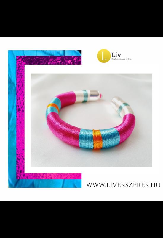 Fuxia rózsaszín, kék,  narancssárga színű, egyedi, kézműves,  selyem karkötő - Liv Ékszerek,  ékszer